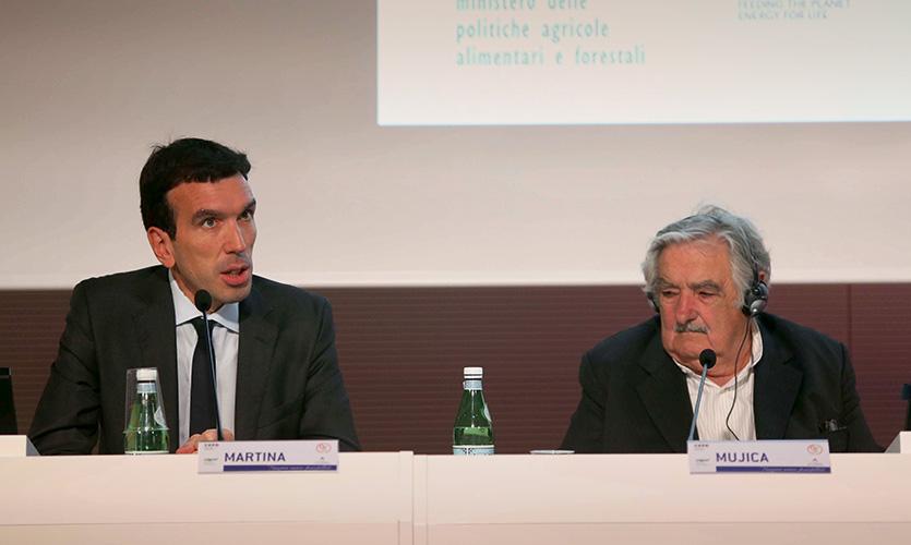 Il ministro Martina e Mujica