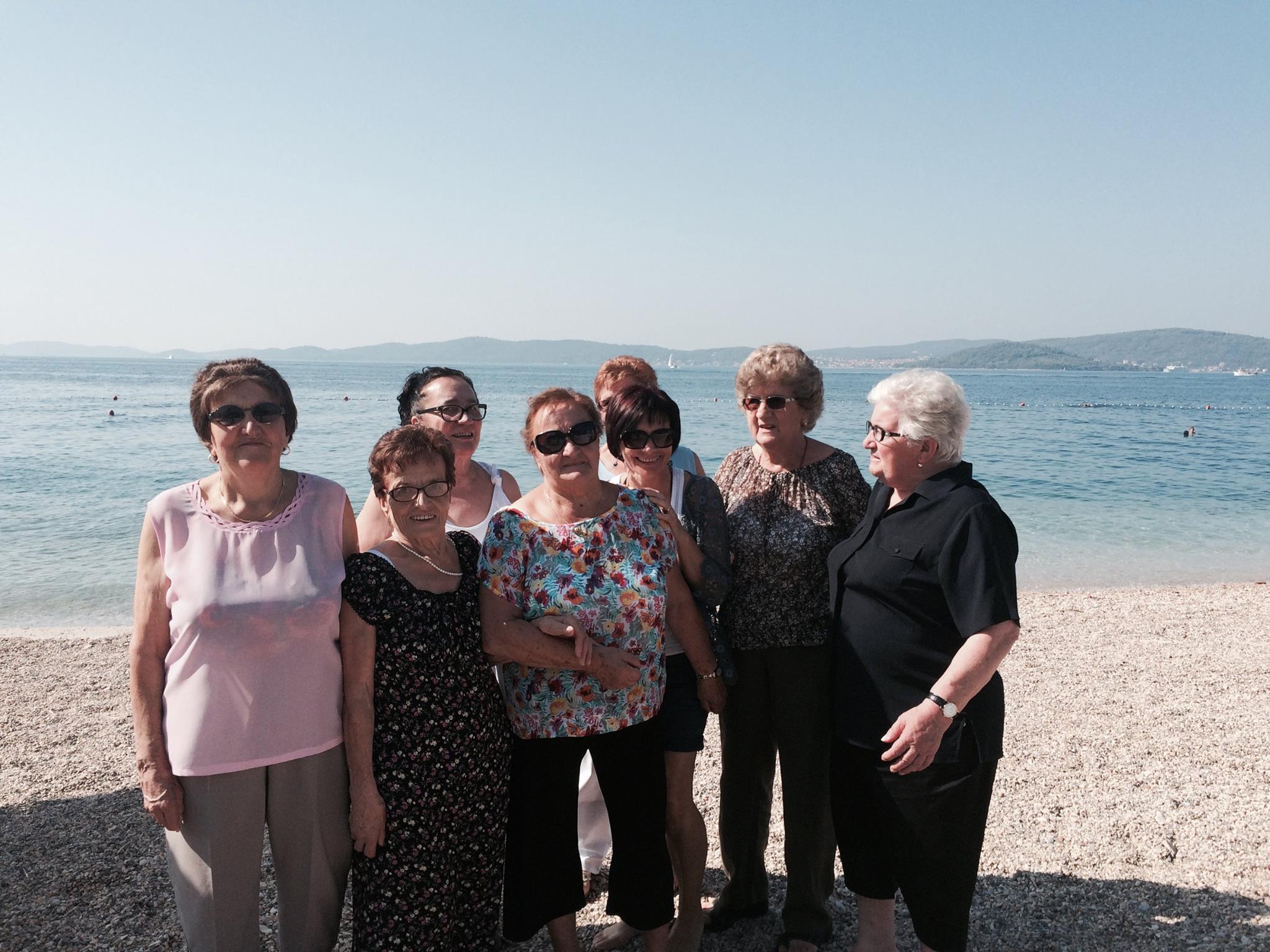 donne anziane e crowdfunding