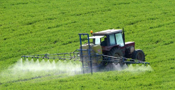 rapporto di Greenpeace 'Tossicodipendenza da pesticidi.