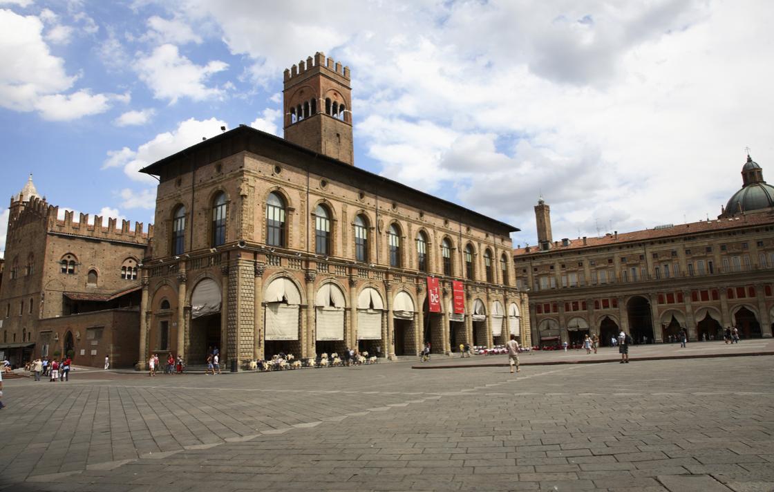 Bologna si riappropria del suo centro storico