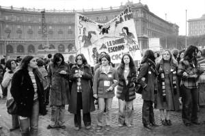 Prima manifestazione del movimento femminista a Roma