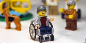 Lego sedia a rotelle