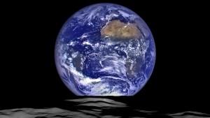 luna terra