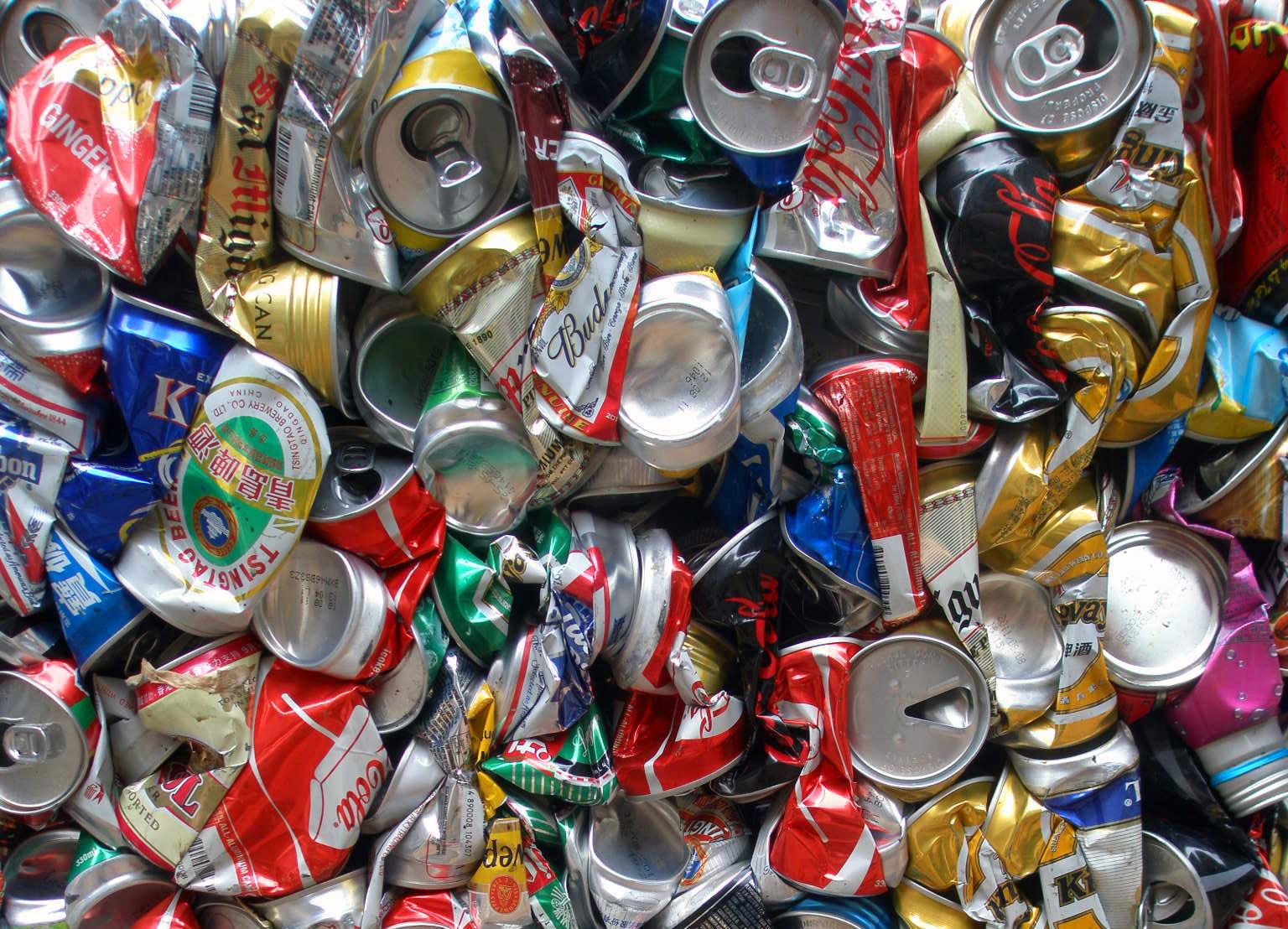 Top Message in a can: la campagna per il riciclo delle lattine  VY88