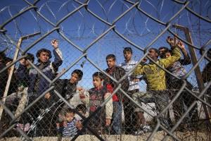 Immigrati - Rapporto Incastrati