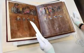 Restauro 'Codex Purpureus Rossanensis'