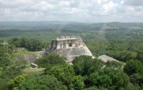Belize, scoperta tomba reale Maya