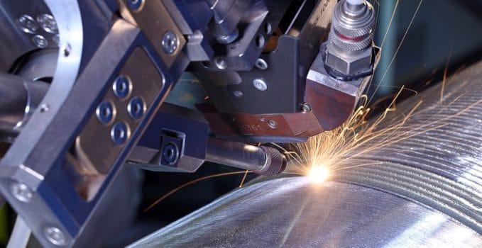 Nel nostro Paese aumenta la produzione industriale