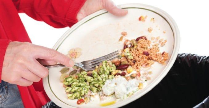 lo spreco alimentare vale poco meno di 16 miliardi di euro ogni anno