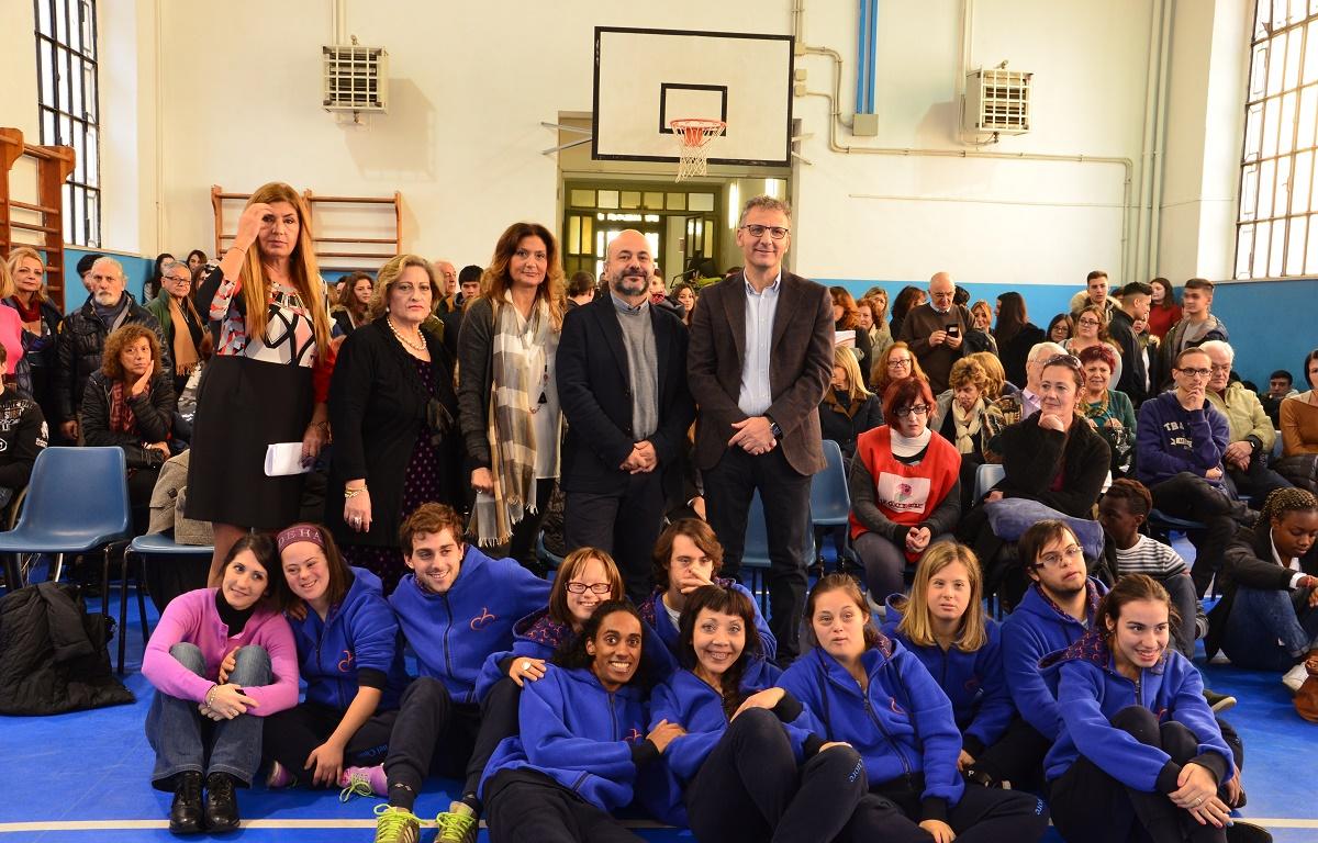 l'Istituto Superiore tecnico Tecnico Luigi Einaudi di Roma e l'Accademia di spettacolo per ragazzi disabili e normodotati L'Arte nel Cuore Onlus.