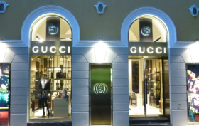 Gucci assume