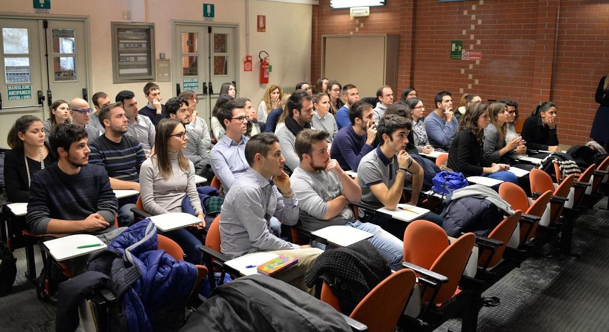 Foto-studenti-Recruiting-game-Intesa-Sanpaolo